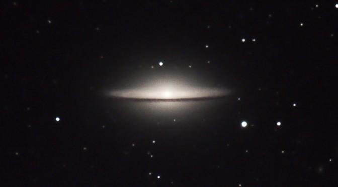 Galaxia del sombrero M104
